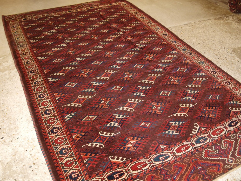 antique yomut turkmen carpet with dyrnak gul design circa 1890