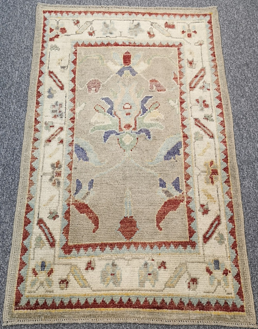 turkish oushak village rug hand knotted with traditional design 154 x 95cm